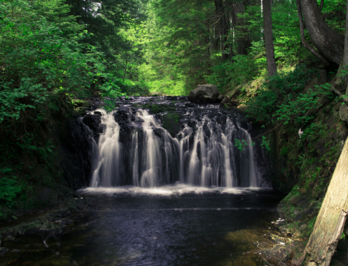 9 Easy Waterfall Hikes in Greater Vancouver